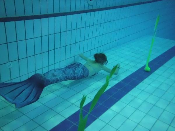 LFK – Meerjungfrauen- & Meerjungmännerschwimmen @ Stadtbad Lankwitz